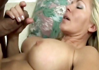 slutty blonde mother i engulfing cock for this