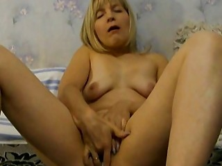 woman wears brief in her cooch