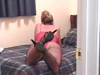 lady reads a fuck magazine to start her solo deed