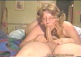 granny does deepthroat