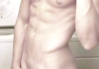 hombre en espejo 10. large pounder hadsome sexy