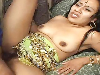 slutty indian mature babe gets her furry pussy