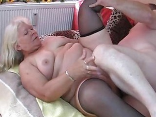 chubby amateur housewife licks and copulates on