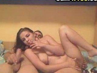 woman deepthroat to swallow