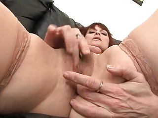 cougar ginger gives solo drilling carnival