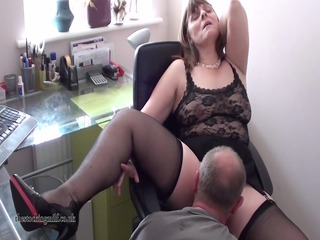 british mother id enjoy to copulate performs on