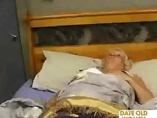 chubby cougar bangs the massage male