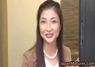 chisa kirishima older oriental lady shows