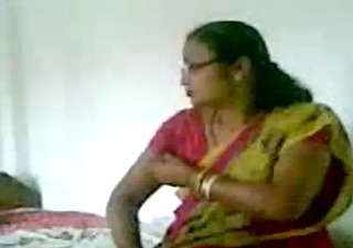 assamese aunty from vip road six mile guwahati